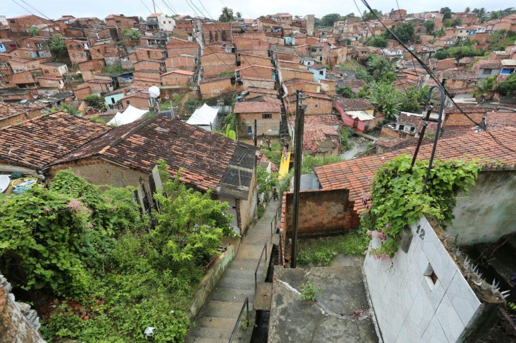 Projeto visa ao desenvolvimento sustentável das grotas de Maceió. Foto: Agência Alagoas